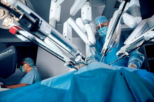 Hernia repair surgery can be performed via robotic-assisted surgery at McLaren Port Huron. Smaller incisions mean less pain and faster recovery time.