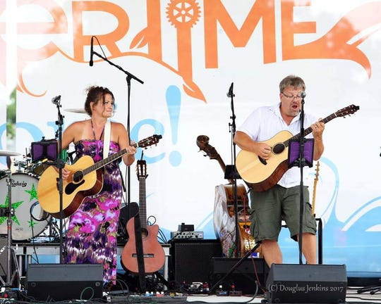 Kris and Angie Crandall, also known as Second Fiddle, takes the stage at 7 p.m. Thursday at Jule's Bistro.