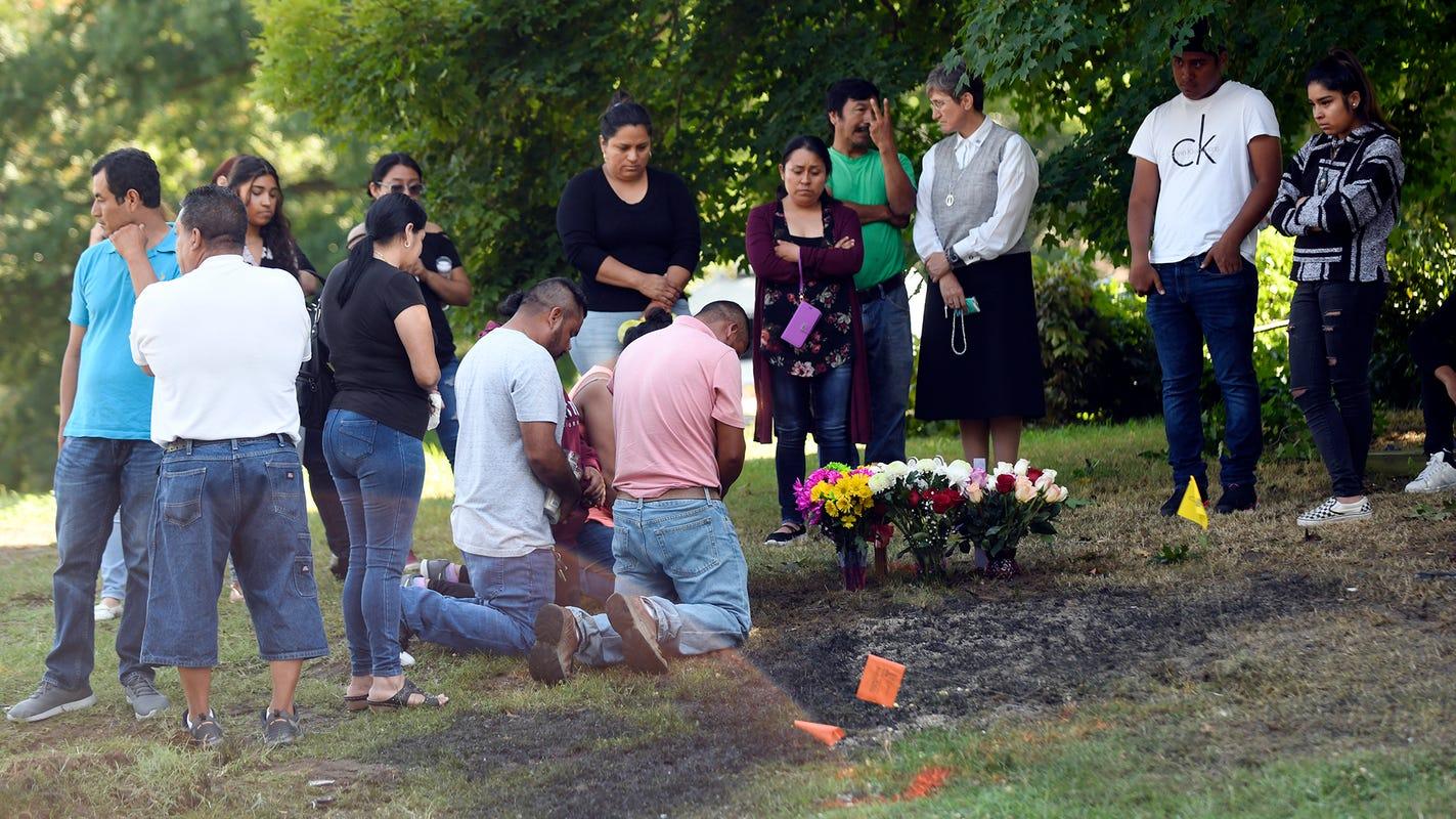 Vigil held for three members of Bridgeton family who died in