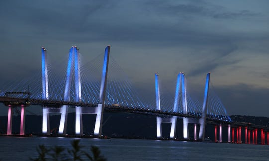 Mario Cuomo bridge light up for the 4th
