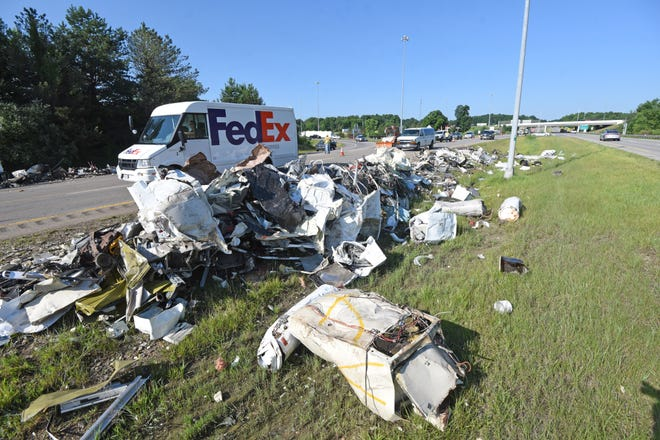 MANSFIELD - Scrap metal was scattered over U.S. 30 just east of Interstate 71 on Tuesday morning after a truck lost its load in the eastbound lane. The driver took the exit curve from I-71 to U.S. 30 too quickly and overturned on U.S. 30, according to the Ohio Highway Patrol.  No injuries were reported from the incident, which closed both eastbound lanes of U.S. 30 from 6:26 to 8:56 a.m.