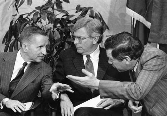 H. Ross Perot, left, with then-Gov. Mark White and Lt. Gov. Bill Hobby.