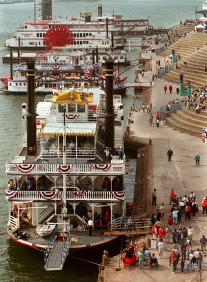 Boats dock at the Cincinnati Public Landing for the first day of Tall Stacks in 1999.