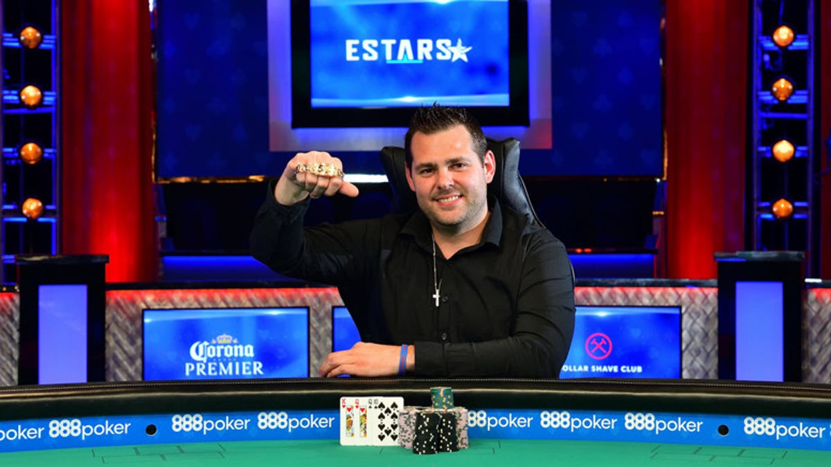 This Former Michigan State Wrestler Quit To Play Poker He Just