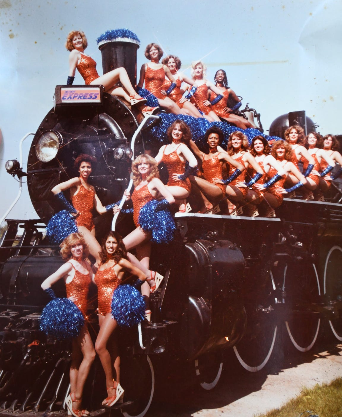 The Detroit Express Choo Choo Cheerleaders.