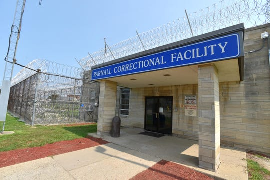 The main entrance of the Parnall Correctional Facility in Jackson.