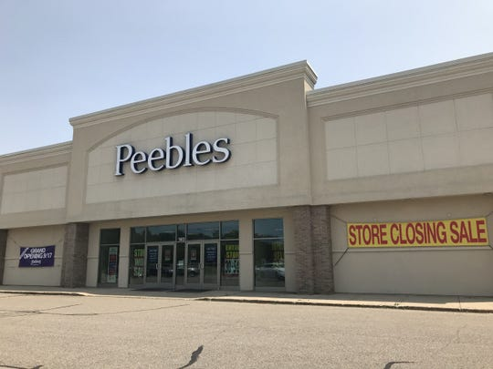 A 16,000-square foot Peebles department store that opened on Lansing Road just over a decade ago will close by September to make way for Gordmans.