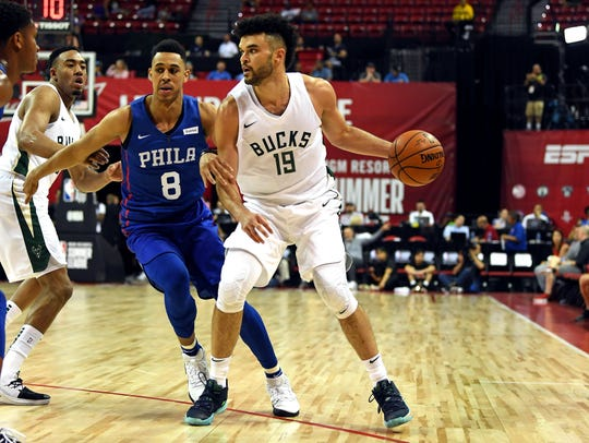 Bucks guard Elijah Bryant (shown in an earlier game against the Sixers) scored 31 points for the Bucks on Monday night.