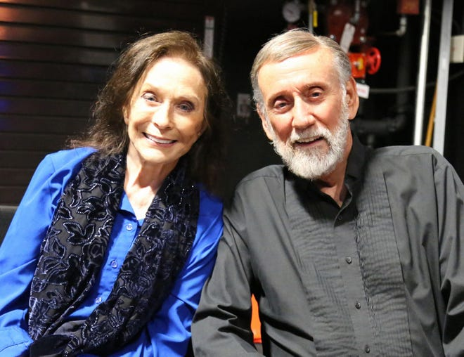 Loretta Lynn joined Ray Stevens on stage at his CabaRay Showroom on July 5.
