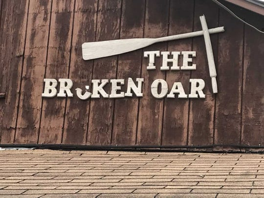 The legendary dive bar The Broken Oar has closed and will be auctioned off in August.