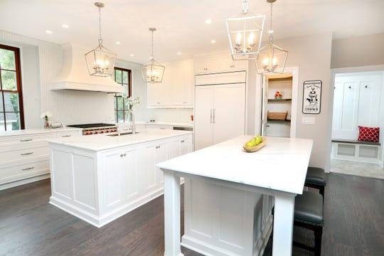 An contemporary kitchen.