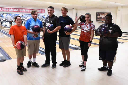 Justin Bunting, Devin Olson, Jacob Wilson, Frank Bunting, Sydney Hollinger and Juelius Ricketts has qualified for USBC Junior Gold Championships in Detroit, Mi.