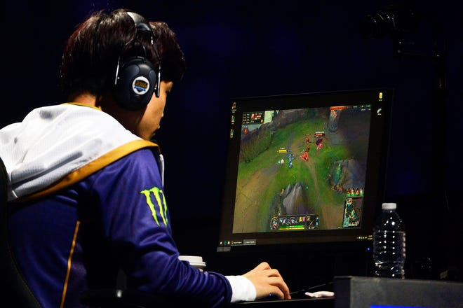 Apr 13, 2019; St. Louis , MO, USA; Team Liquid member Eonyoung Jeong plays against TSM during the League of Legends Championship Series Spring Finals at Chaifetz Arena.