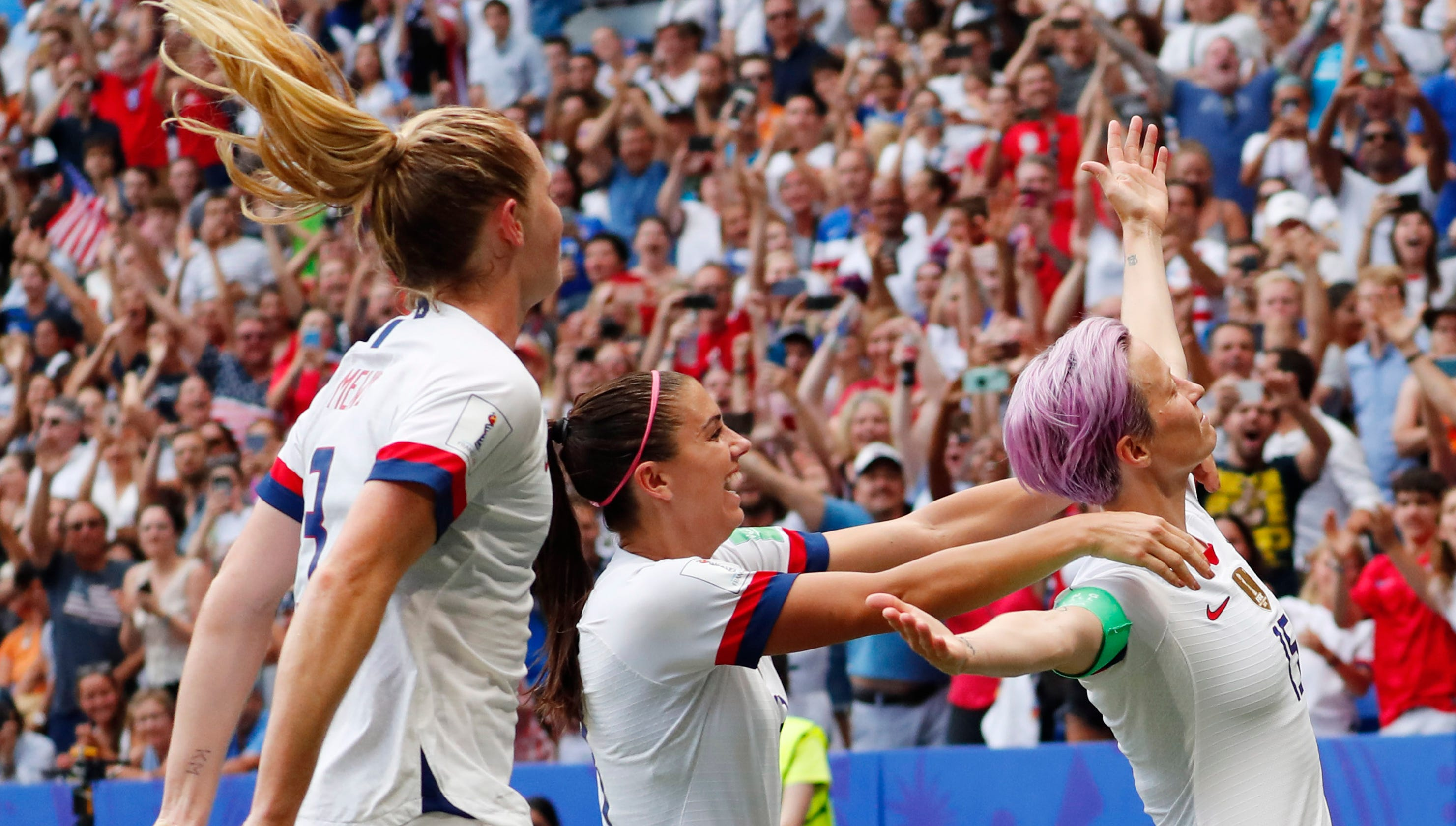 World Cup: Breaking down pay gap between USWNT and USMNT players