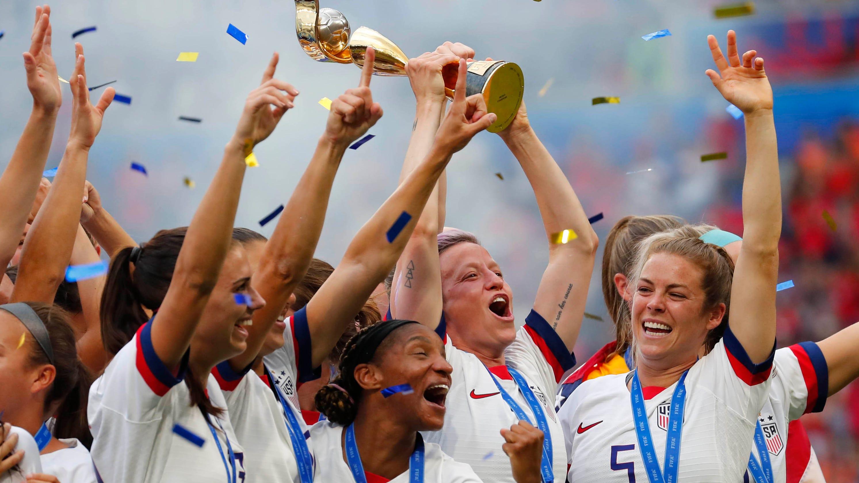 f96ff607 World Cup: Joe Manchin introduces Senate bill requiring equal pay