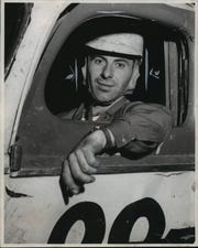 Miles Melius, shown in 1952, was a standout racer in the Milwaukee area from the late '40s to late '60s.