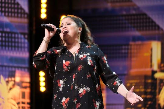 Olivia Calderón, oficial de detención de Tempe, Arizona, sorprendió a todos con su voz en America's Got Talent.