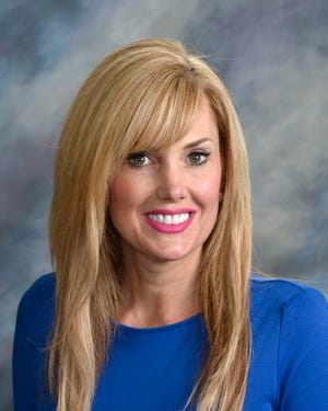 Sen. Lyndi DiSanto, R-Box Elder