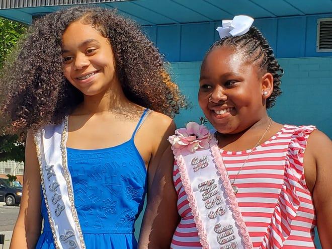 Makayla Murphy (left) and Laniyah Burris