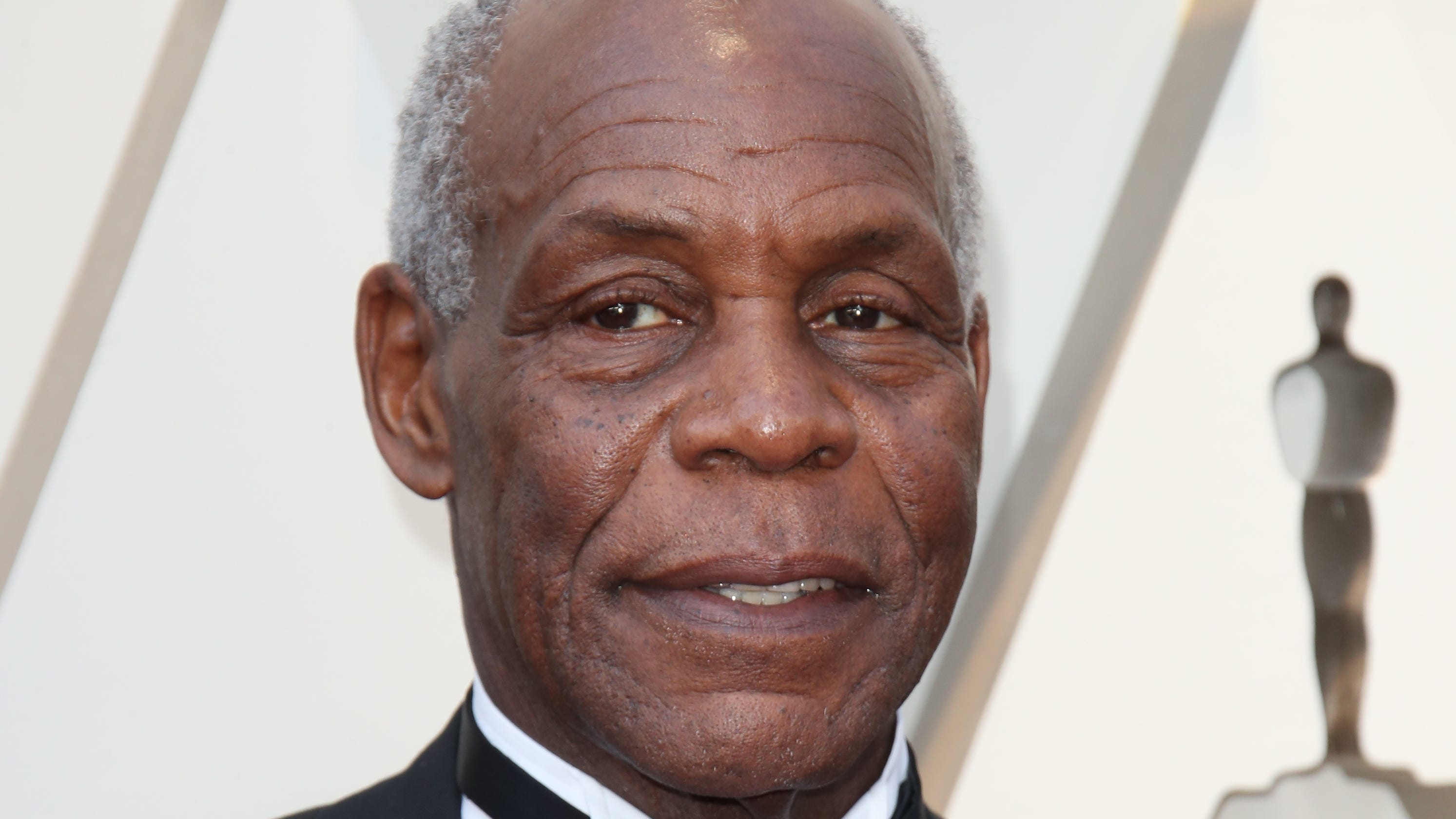 Danny Glover: Privatizing the Postal Service will hurt black families