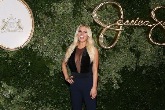 Jessica Simpson attends New York Fashion Week on September 9, 2015.