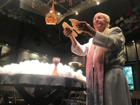 Howard leading a Jubilee! celebration.