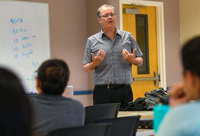 Professor Ron McNinch teaches a leadership and collaboration class at the University of Guam in Mangilao on Thursday, July 11, 2019.