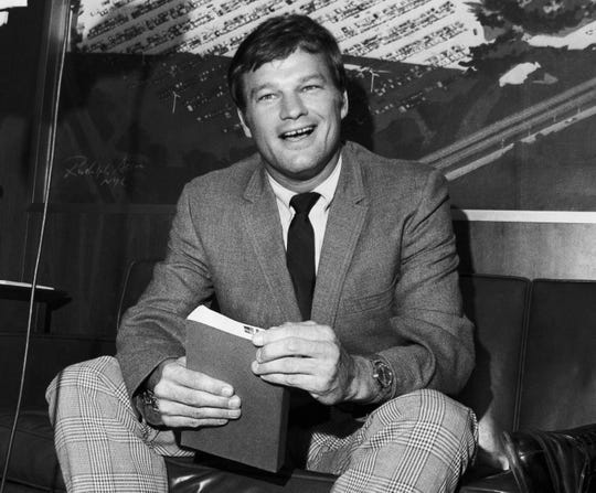 "Pitcher turned sports writer Jim Bouton, author of controversial book, ""Ball Four"" shown August 11, 1970."