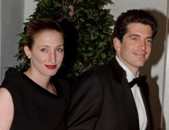 John F. Kennedy Jr. and his wife Carolyn Bessette at the White House for a dinner for British Prime Minister Tony Blair hosted by President Clinton on Feb. 5, 1998.