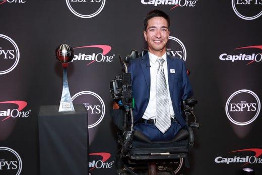 Jimmy V Award for Perseverance: Rob Mendez.