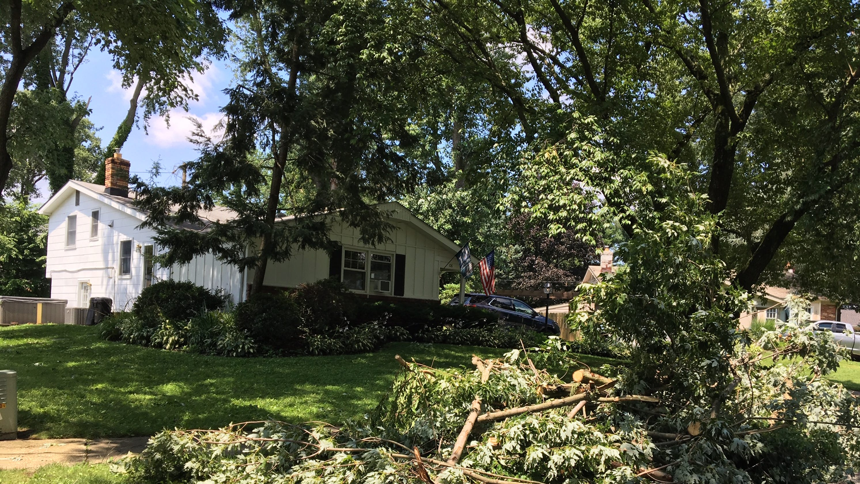 Incredible A Second Tornado Touched Down In Mount Laurel In A Five Day Home Interior And Landscaping Oversignezvosmurscom