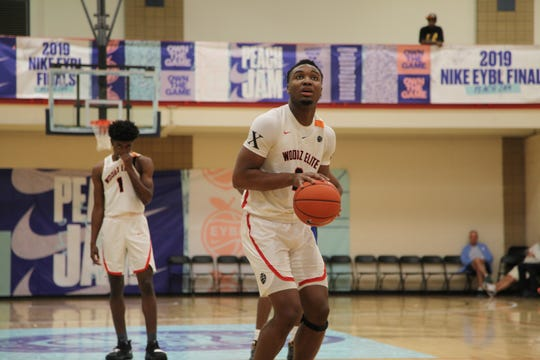 Class of 2020 forward Chris Moore attempts a free throw at the 2019 Peach Jam.