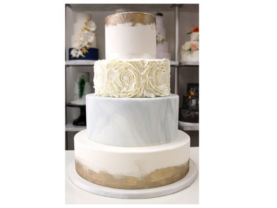 A trending design for wedding cakes.