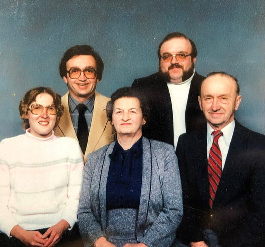 From left top to bottom: Gary Sauer, John Sauer, Jean (Stechmesser) Sauer, Helen (Steeber) Sauer, and Leonard Sauer