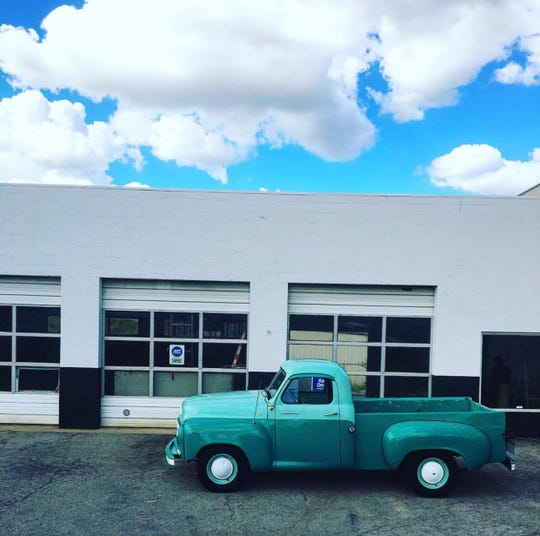 Otto's Bar is planned for a former auto repair shop on Charlotte Avenue.