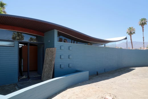 Restoration uncovers historic Palm Desert 'Wave House' personality. Family talks of challenges