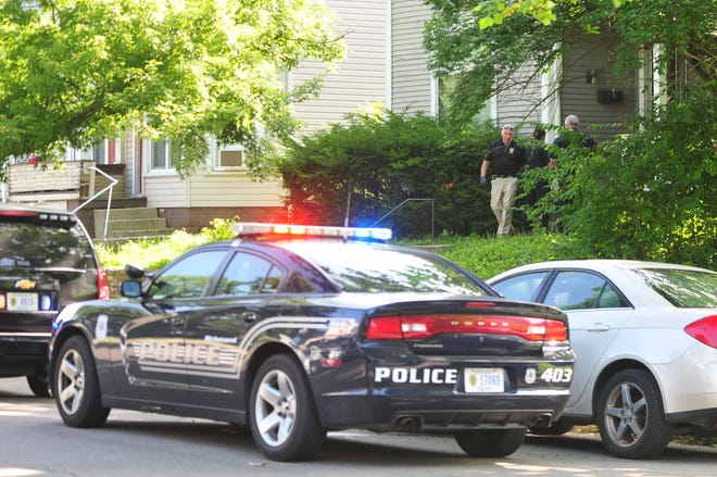 Richmond Police Department investigated a shooting in the 100 block of South 15th Street on Friday morning.