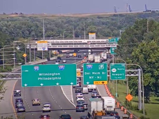 Crash on I-95 north slows traffic Friday afternoon