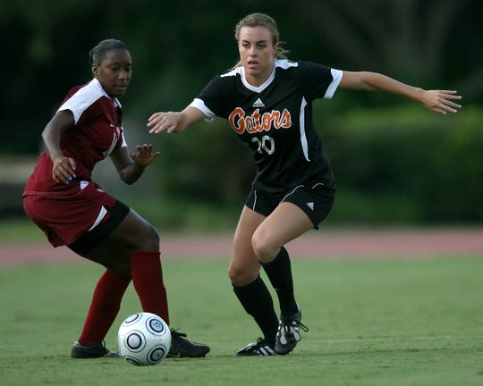 Angela Napolitano advances during the Gators' 1-0 overtime loss to the Florida State Seminoles on Friday, September 18, 2009, at James G. Pressly Stadium in Gainesville, Fla.