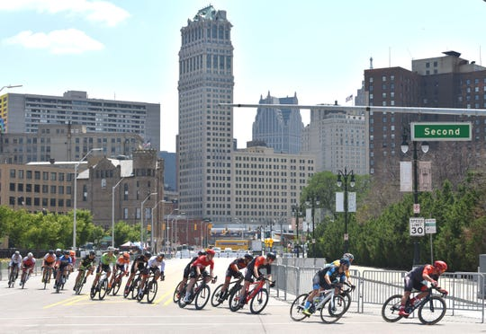 Cyclists make turn two at Grand River and Second Street in the Detroit Cycling Championship on Saturday.