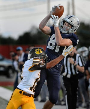 La Cueva tight end Connor O'toole is one of the best high school football players in New Mexico with offers from 17 Division I schools.
