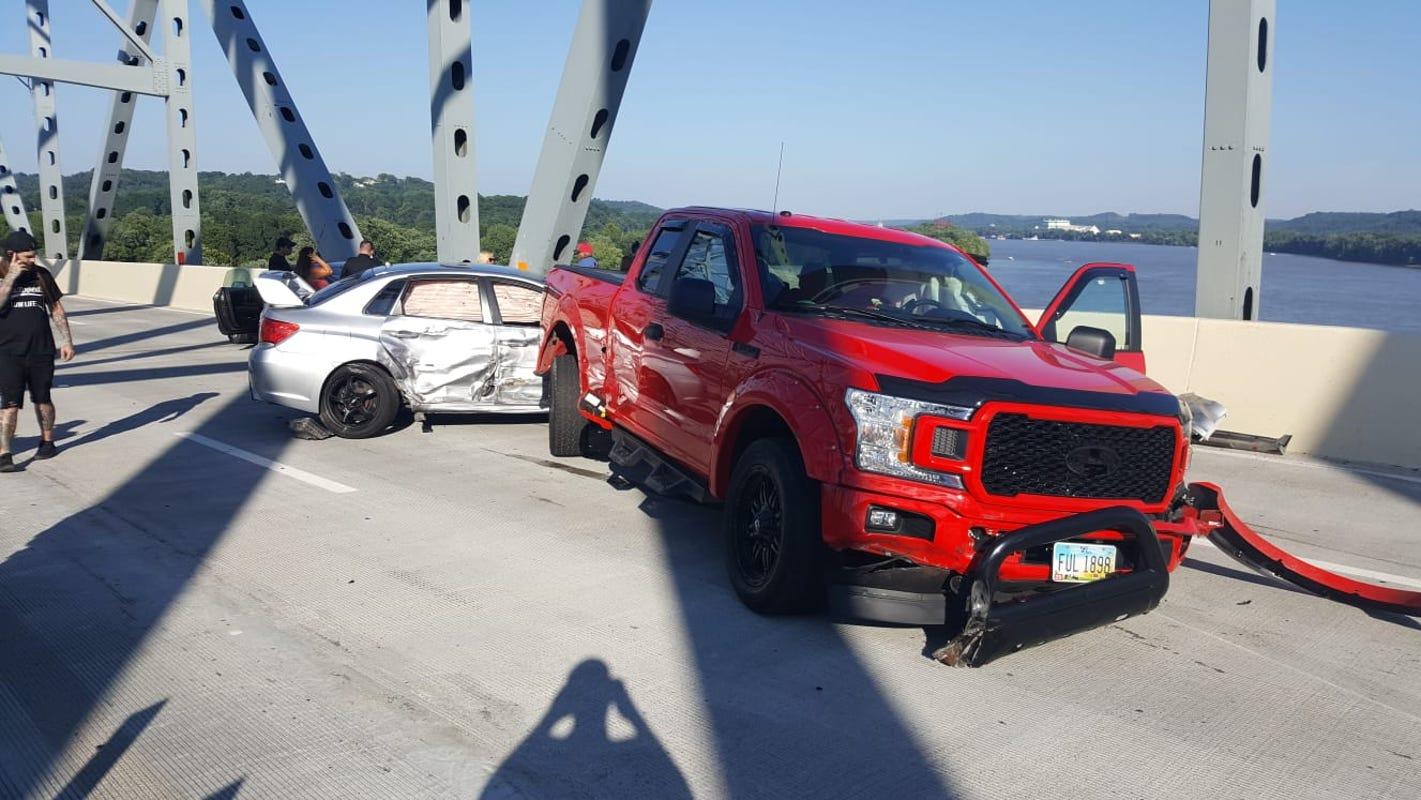 Eastbound I-275 reopens after 19-vehicle crash