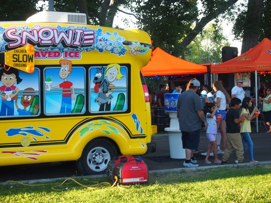 Crowds at Food Truck Friday in July 2019 in Idlewild Park.