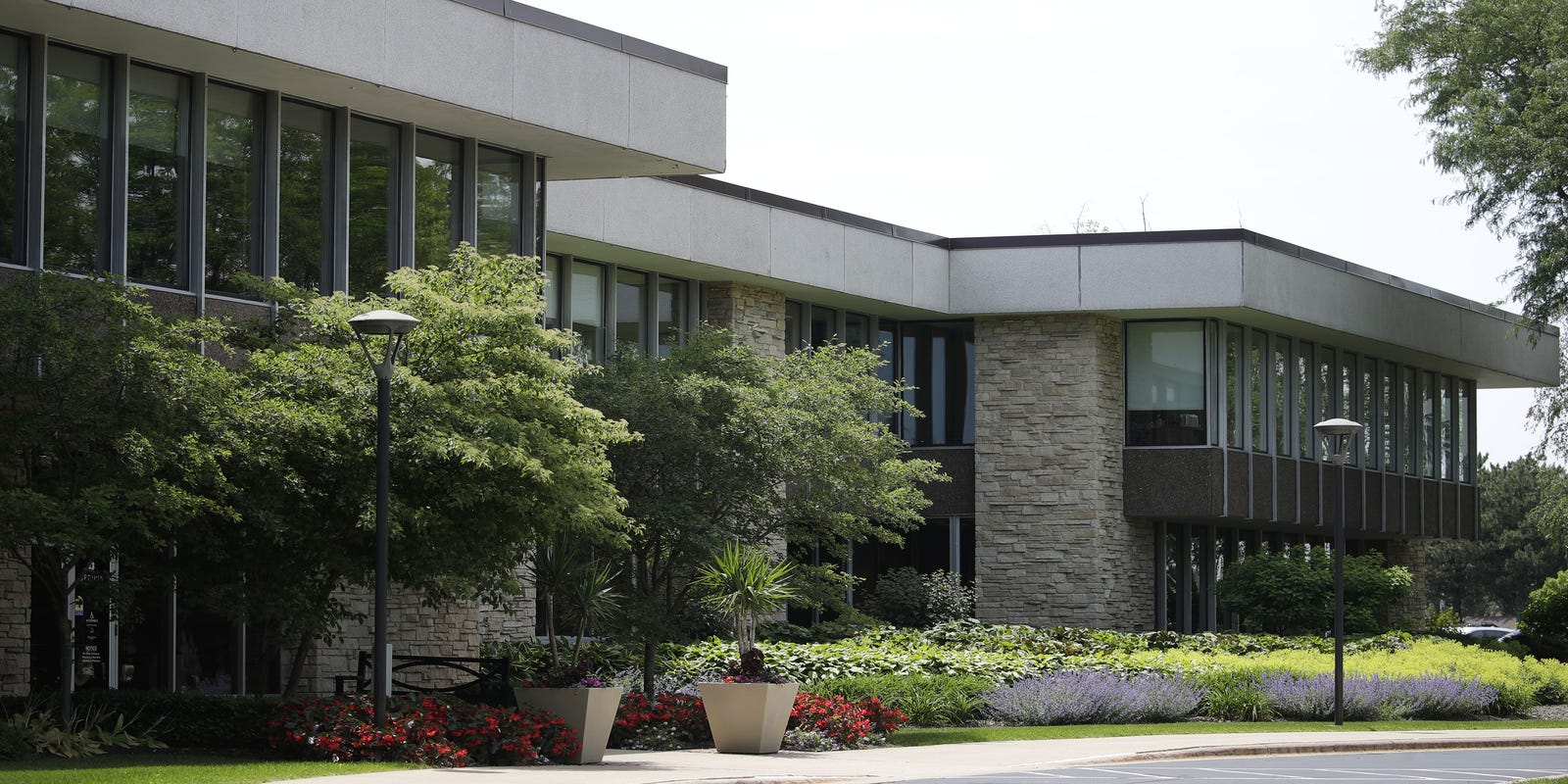 Fleet Farm S Move To Secura S Appleton Building In More Detail