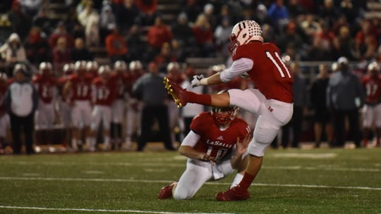 LaSalle's Jake Seibert connects on a 37 yard field goal to put LaSalle up 10-7 in a 2017 game.