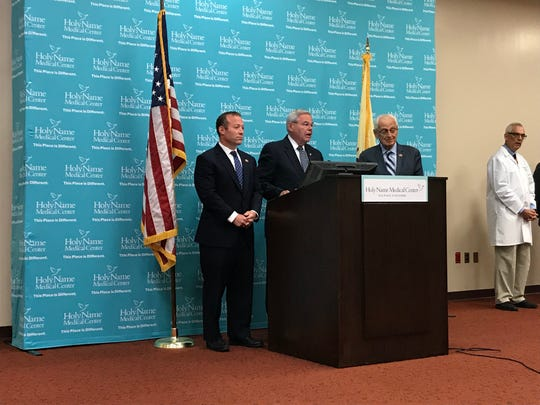 Democratic Rep. Josh Gottheimer, NJ-5th, Sen. Robert Menendez, D-NJ, and Democratic Rep. Bill Pascrell, NJ-9th, announce a bill to address New Jersey's growing physician shortage.