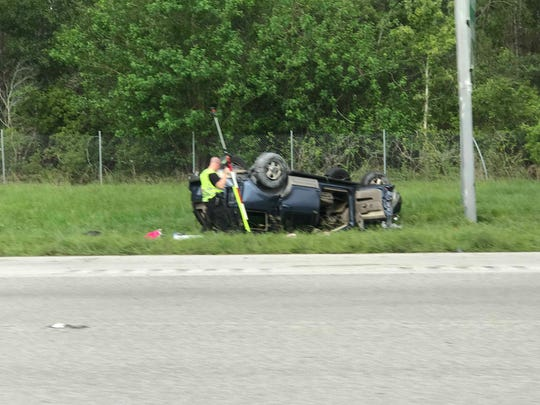A 30-year-old Miami Gardens woman died from her injuries in a rollover crash on I-95 Friday, FHP said.