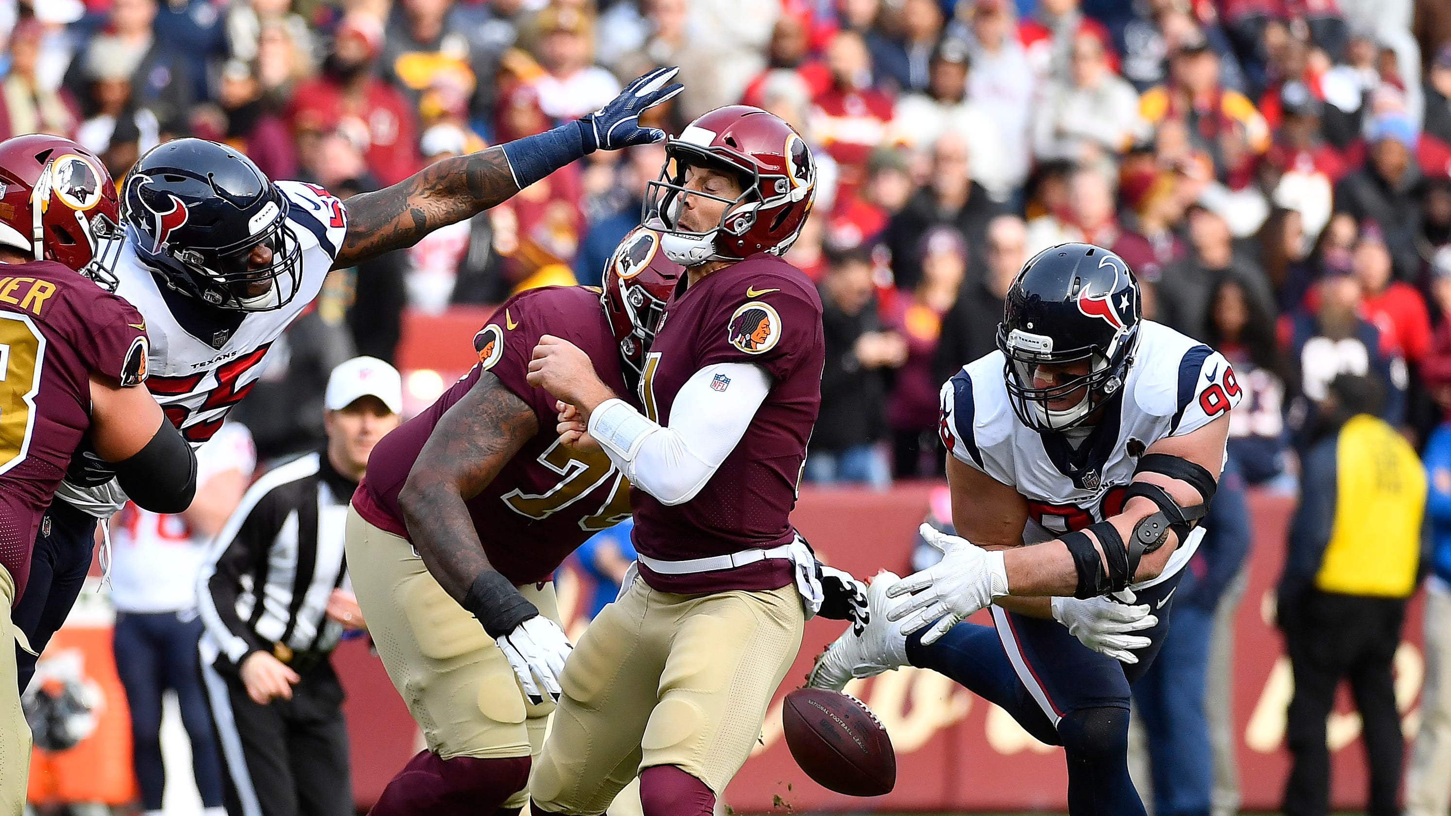 NFL: Redskins' Alex Smith continues recovery from gruesome leg injury