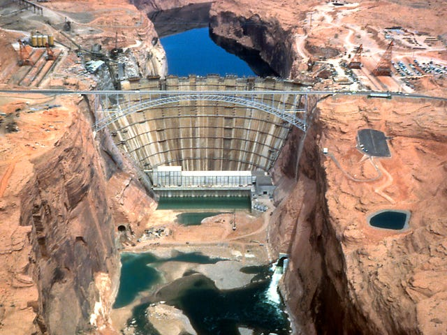 In 1983, plywood was all that kept Glen Canyon Dam from overflowing