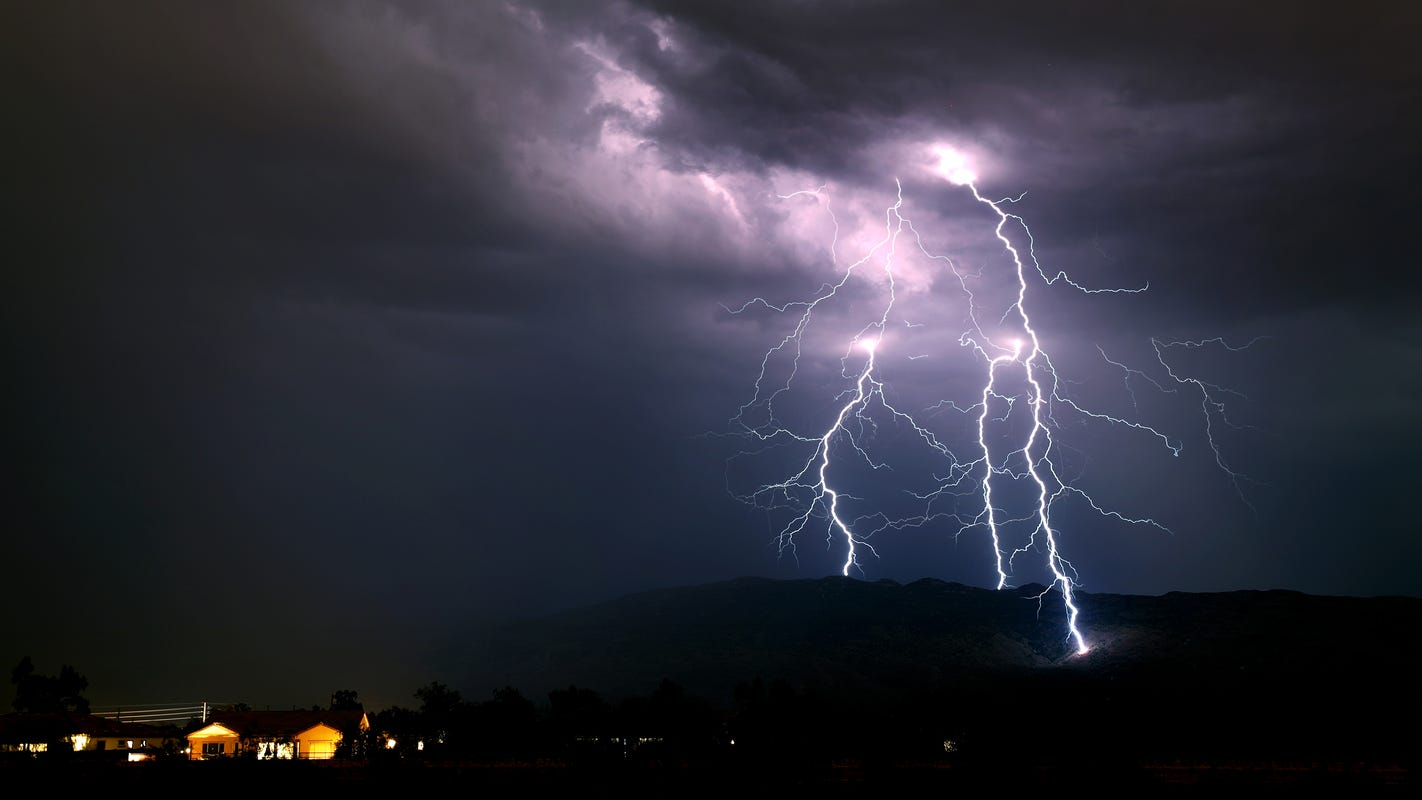 Monsoon storms might finally hit the Phoenix area Monday